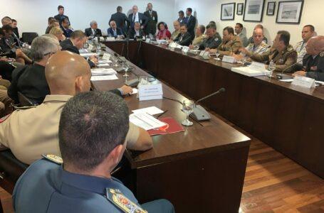 Izalci defende forças de segurança no Palácio do Planalto