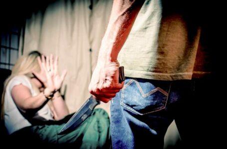 FLAGRANTE | Homem é preso no momento em que esfaqueava a ex-companheira no DF