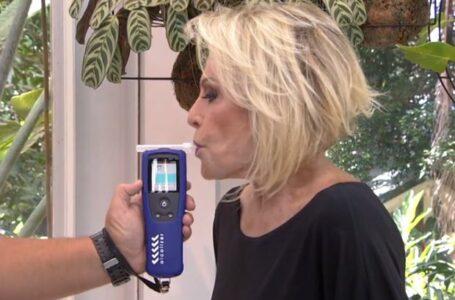 Ana Maria Braga faz teste do bafômetro ao vivo e dá o que falar
