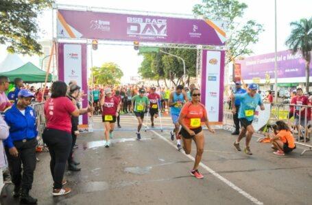 Corrida leva mais de 600 mulheres ao Pistão Sul