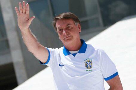 """""""Não estou preocupado com minha popularidade"""", diz Bolsonaro"""