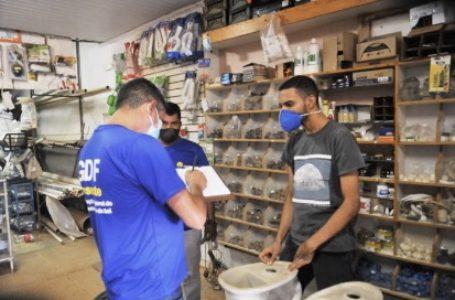 GDF autoriza abertura de lojas de vestuário e regulamenta multas