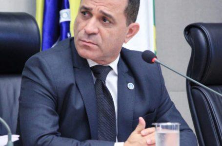 Projeto aprovado do deputado Martins Machado visa combater a depressão, automutilação e suicídio na rede pública de ensino
