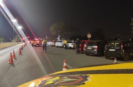 Detran-DF flagrou 82 motoristas alcoolizados e apreendeu 48 veículos irregulares