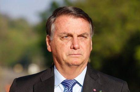 Bolsonaro entra nas campanhas municipais e defende voto em Russomanno e Crivella