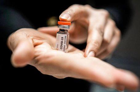 Misturar vacinas contra a covid-19 deveria ser possível, diz Oxford