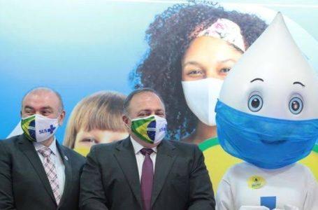 Pazuello diz que doses de vacina da AstraZeneca chegam ao país entre janeiro e fevereiro