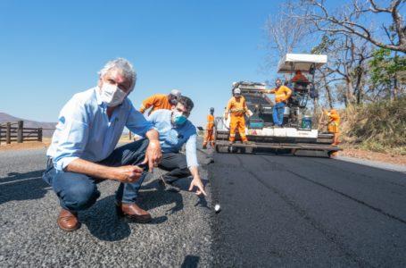 Governo de Goiás vai executar obras em cerca de 1.600 quilômetros de rodovias