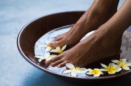 Conquiste pés hidratados para se sentir bem com calçados abertos