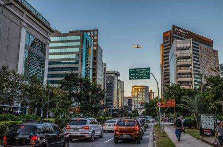 Novas regras de trânsito entram em vigor nesta segunda; veja o que muda