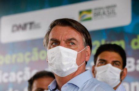 Bolsonaro diz que se Parlamento promulgar, teremos voto impresso em 2022