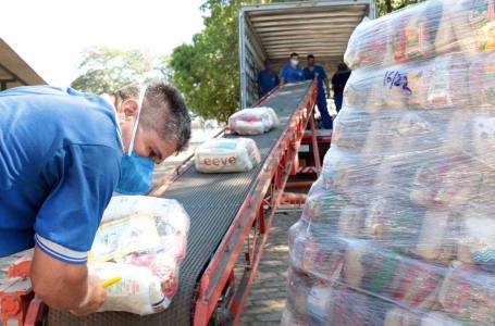80 mil cestas básicas são distribuídas em três semanas