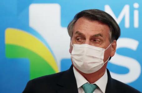 Bolsonaro planeja turbinar Bolsa Família de olho na popularidade para 2022