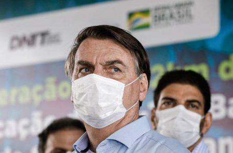 Bolsonaro fala em aumentar Bolsa Família em 'pelo menos 50%'