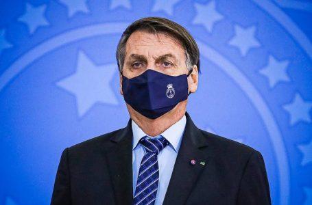 Presidente Bolsonaro se reúne com a Pfizer e pede para antecipar vacinas