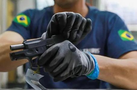 Governo zera imposto de exportação de armas para Américas do Sul e Central