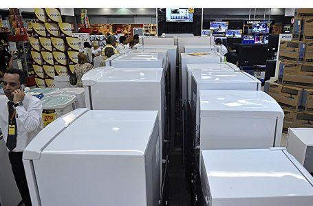 Vendas no comércio crescem 10,1% no primeiro semestre, diz Serasa
