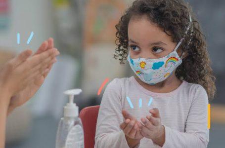 Educação recebe 14 mil máscaras e álcool gel para volta às aulas