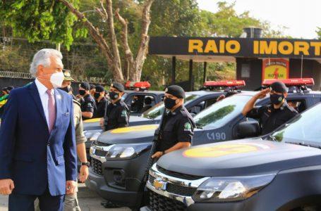 Em Goiânia, Caiado faz passagem de comando do Batalhão de Rotam e entrega 12 novas viaturas
