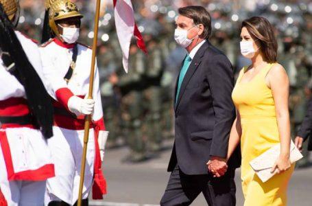 'Não podemos brincar com nossa liberdade', diz Bolsonaro