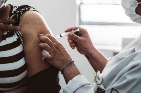 Mais de 40% dos brasileiros estão totalmente vacinados contra covid-19