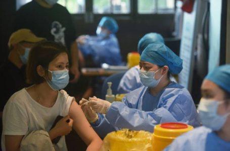 Mais de 70% de população da China já está imunizada contra covid