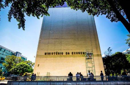Novo Bolsa Família depende de IOF, IR e precatórios, diz secretário
