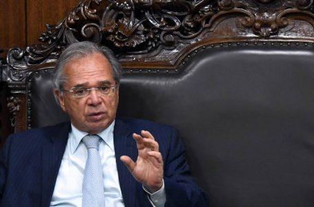 Guedes quer usar ações da Petrobras para distribuir recursos a vulneráveis