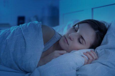 Dormir bem emagrece: conheça 5 alimentos que melhoram a qualidade do sono